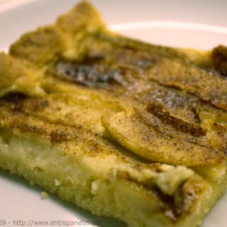 Torta de banana super prática, fácil e rápida