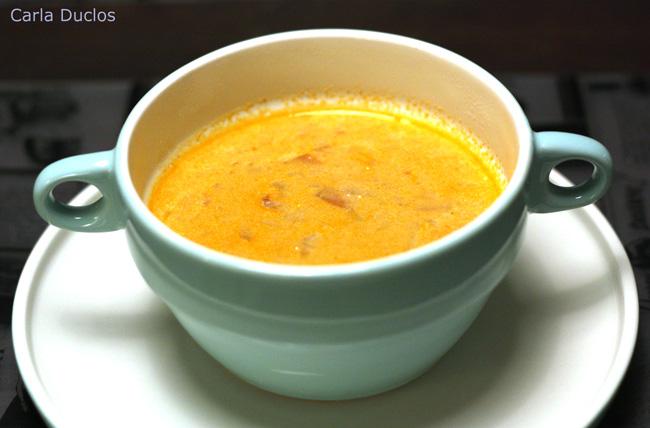 Deliciosa receita de sopa de legumes e camarão. De sabor riquíssimo, simples de preparar, pode ser servida como entrada ou prato principal.
