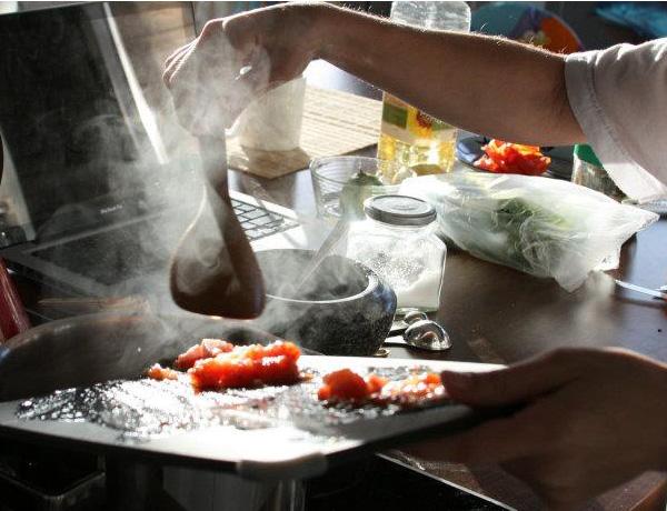 Dal, Sopa de lentilhas vermelhas indiana - Adicionando tomate