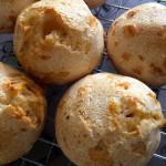 Pão de queijo fácil e rápido de liquidificador