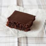 Bolo de chocolate fácil: o melhor e mais fácil bolo