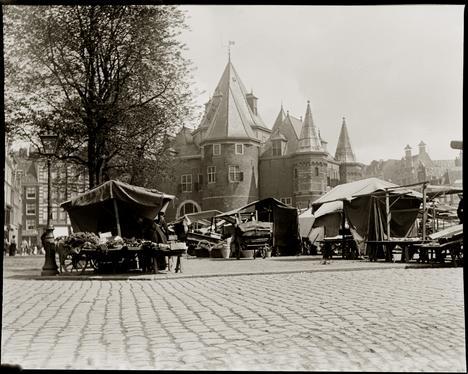 Nieuwmartk Amsterdam por Jacob Olie - Novembro, 1902